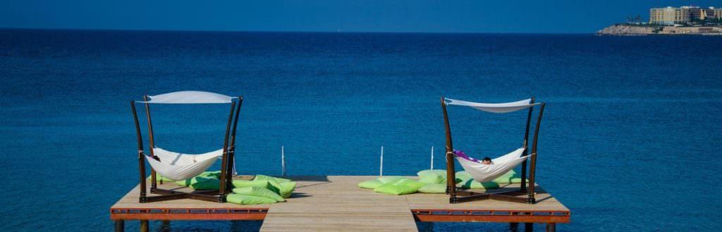 Błogie plażowanie. Fot. za: pixabay.com/adibalea